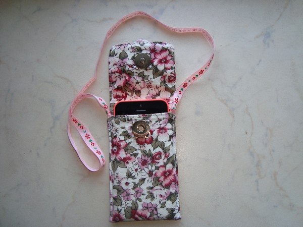 Чехлы и сумочки для телефонов своими руками